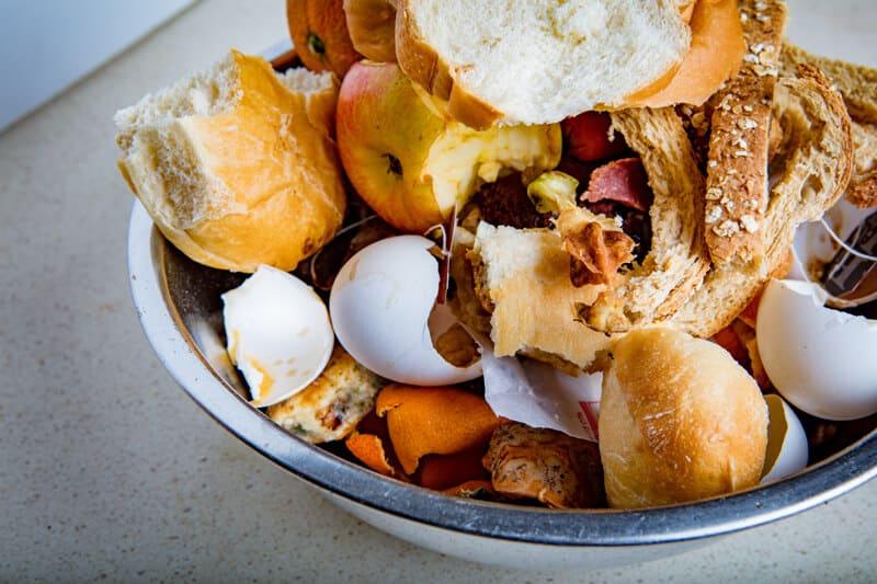 desperdício de alimentos em restaurantes