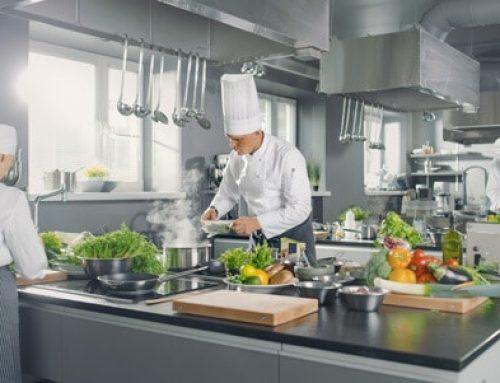3 processos que o sistema de alimentação coletiva auxilia na redução de custos